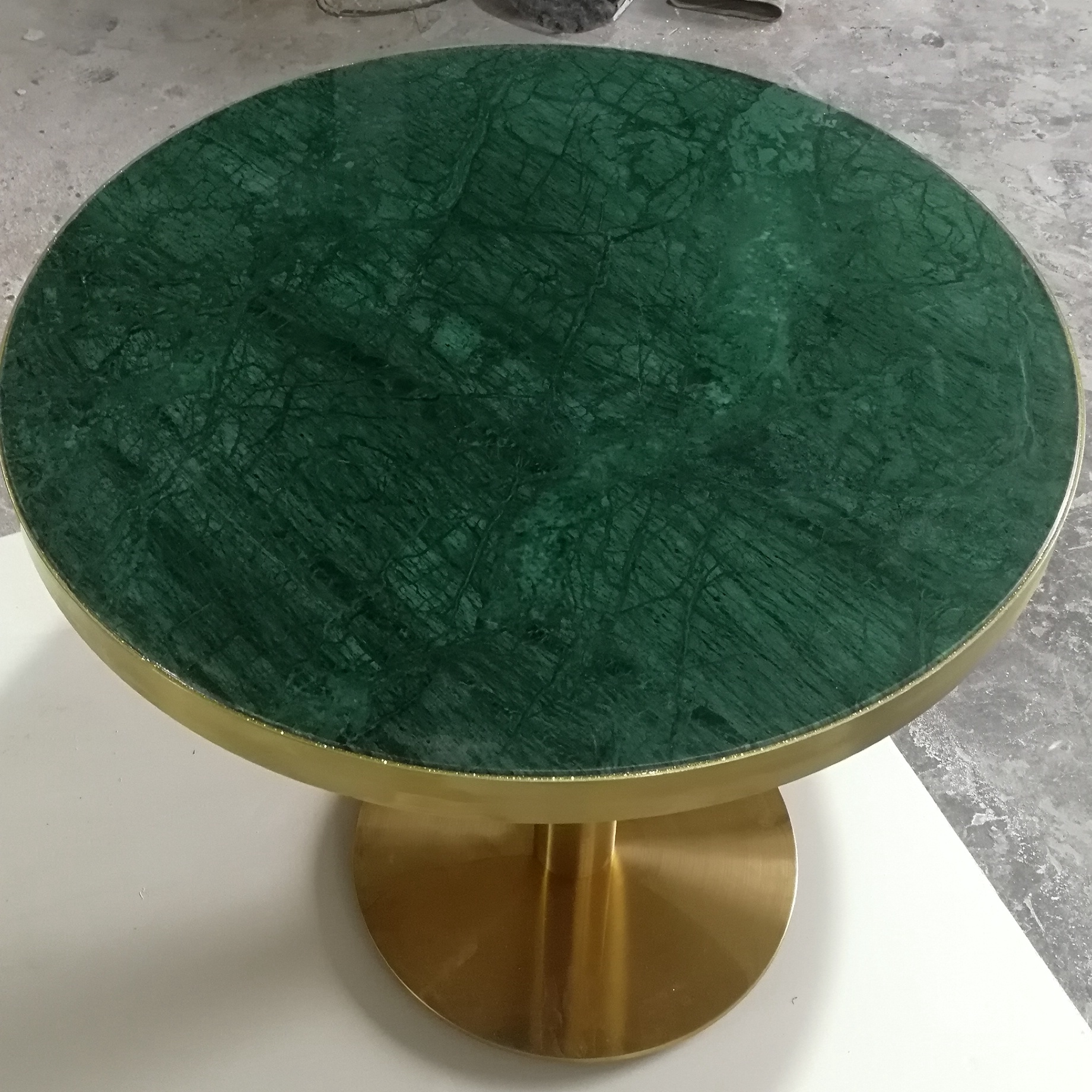 Indian Green Round Coffee Table Marble Top Marble Table Supplier